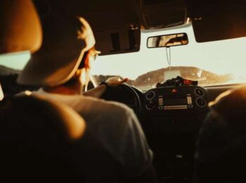 Distracted driving car accidents. Photo by Tobi from Pexels